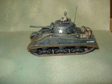 Sherman M4 2 models in a box