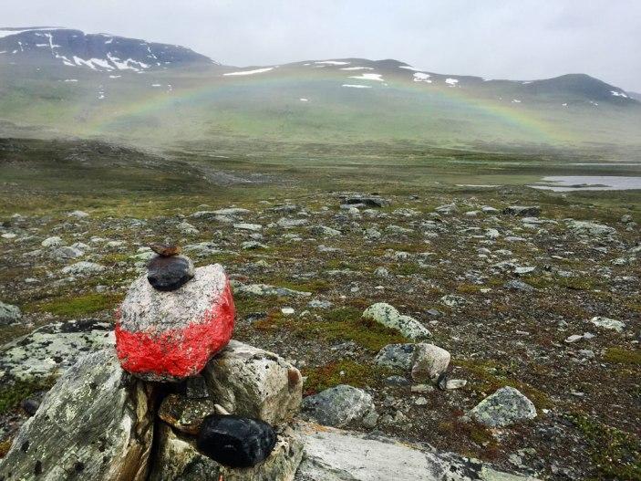 fjaellraeven-classic-Rainbow-rain