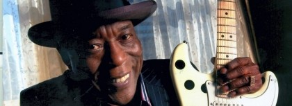 Buddy Guy brings fiery Chicago blues to Coquitlam, but can't outshine opener Jonny Lang
