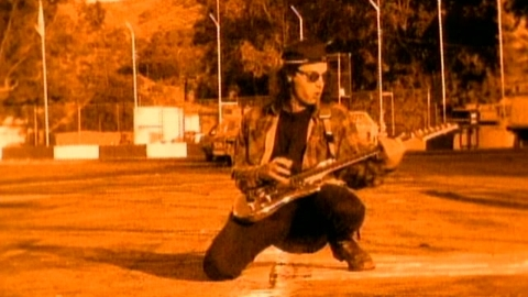 Guitar wizard Joe Satriani is totally cool being The Extremist