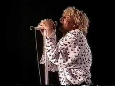 Rod Stewart plays Vancouver with guests Tom Cochrane and Jeff Healey, no encores allowed
