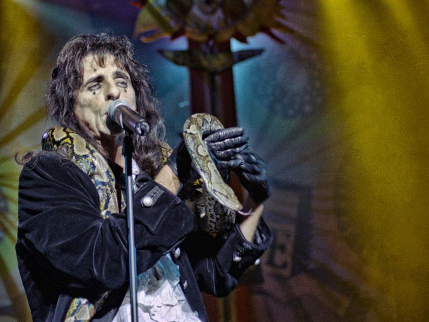 Alice Cooper proves himself the undisputed King of Nasty Rock in Vancouver
