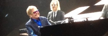 Elton John not impressed by the Newt's review of his Vancouver show