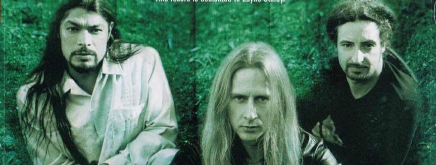 Jerry Cantrell doesn't need no stinkin' manager, or record label either