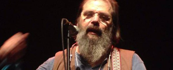 Steve Earle's marathon Vancouver show a winner despite a-hole sighting