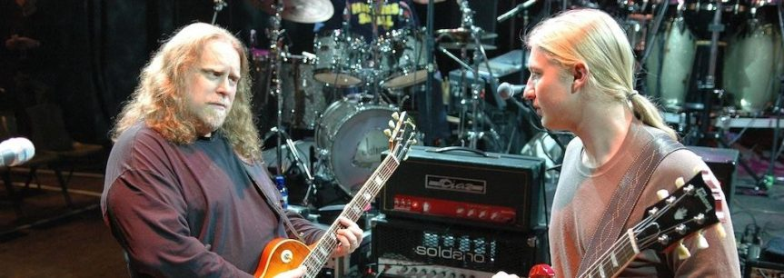 """Warren Haynes says that playing guitar with Derek Trucks comes naturally, """"like drinkin' water"""""""