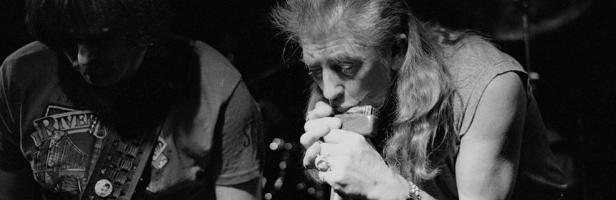 John Mayall's Bluesbreakers bring the guitar-heavy Chicago Line to Vancouver's Town Pump