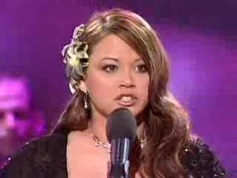 Canadian Idol champ Melissa O'Neil admits she's not much of a rocker