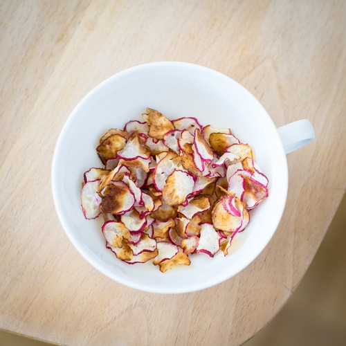 How to make cinnamon sugar radish chips
