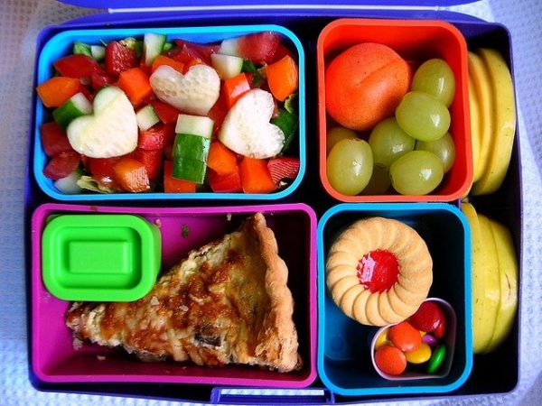 Bringing your lunch in reusable containers reduces waste and saves money.