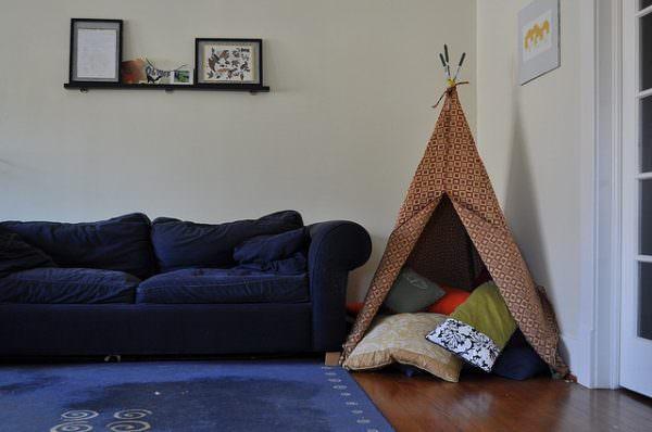 Pillow tent