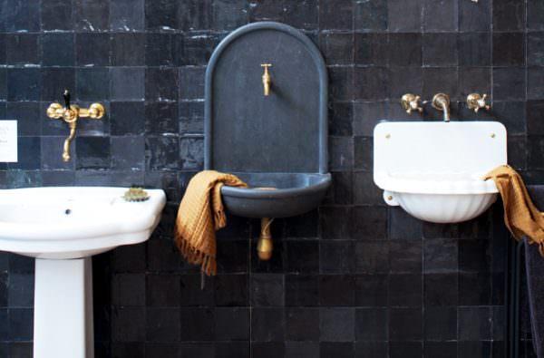 3 vintage sinks