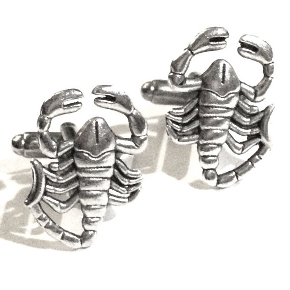 silver-scorpion-cufflinks