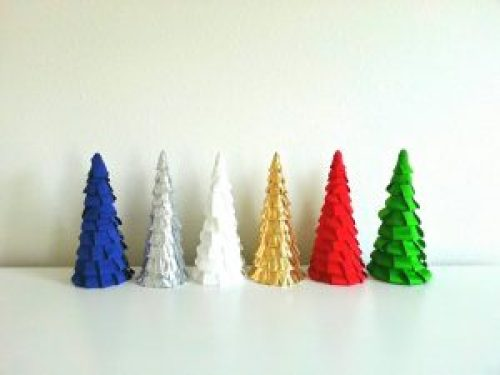 ribbon-fringe-christmas-tree