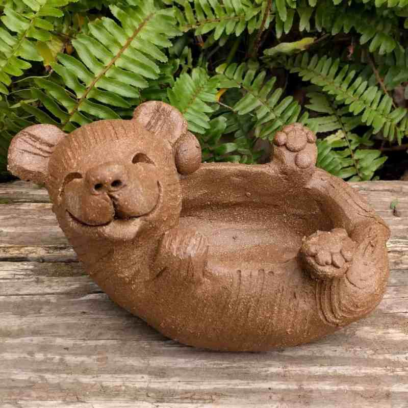 bear_on_back_planter_outside_4