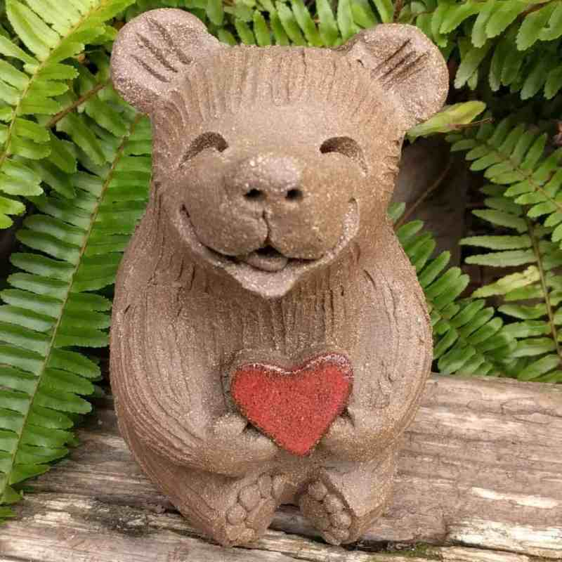 medium_bear_heart_outside_1