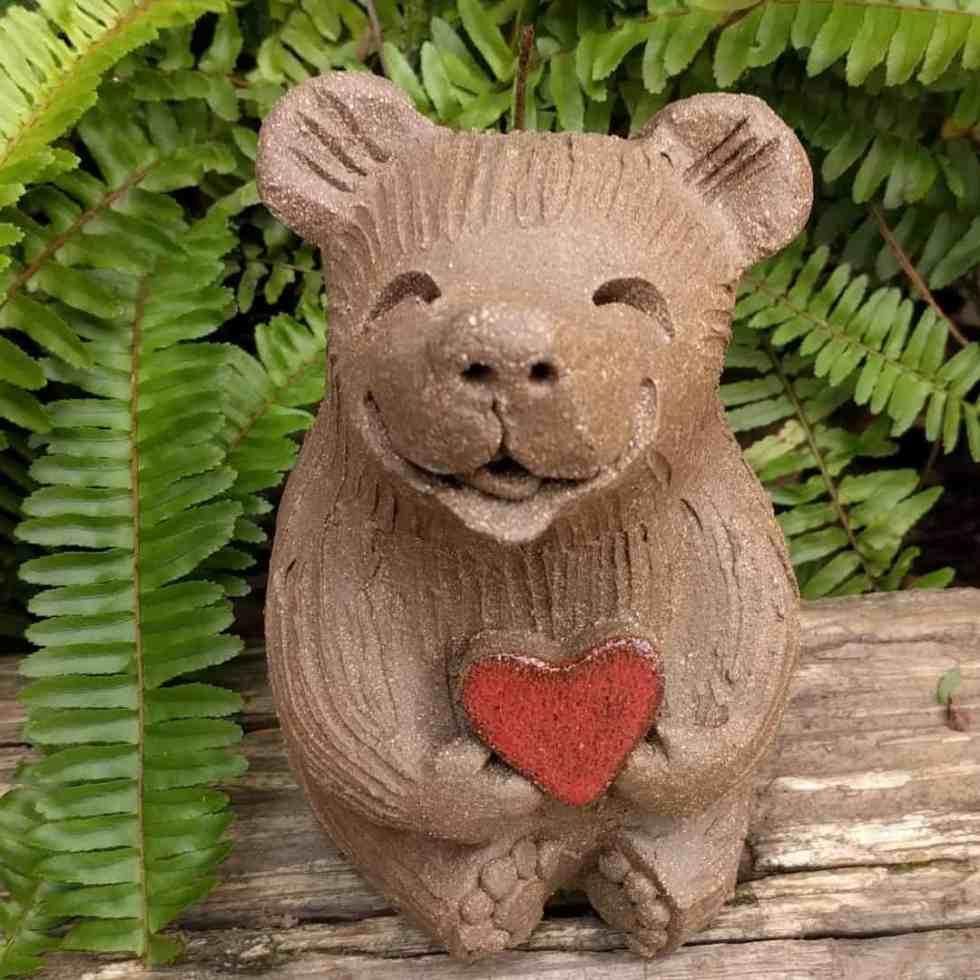 medium_bear_heart_outside_9