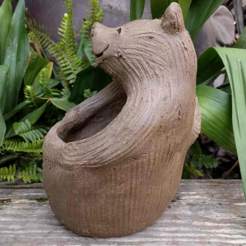bears_lover_planter_outside_3