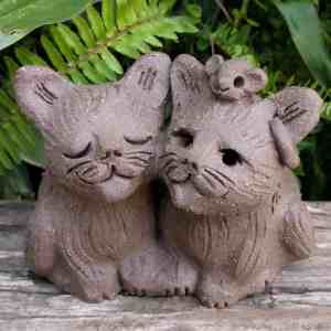 cat_pair_mouse_head_outside_2