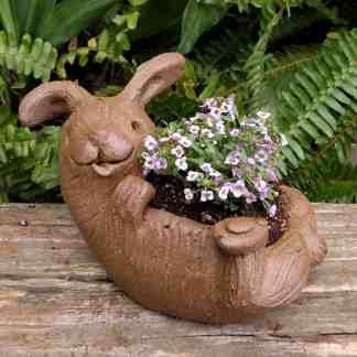 rabbit_planter_back_gren_flowers_14