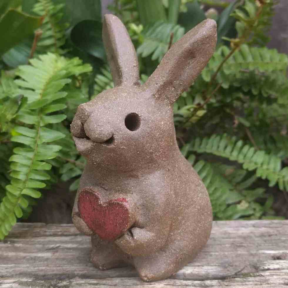 smaal_rabbit_heart_outside_4