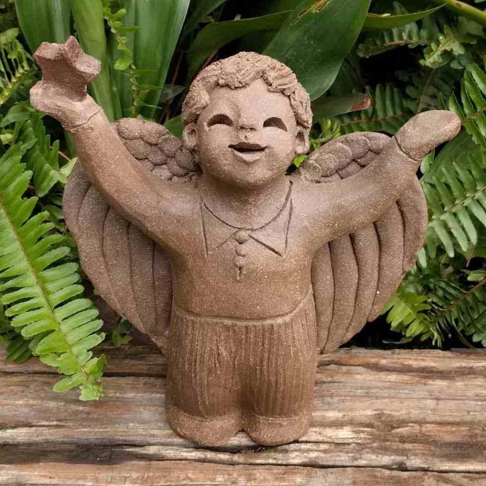 angel_boy_star_in_hand_small_greensapce_1024_01