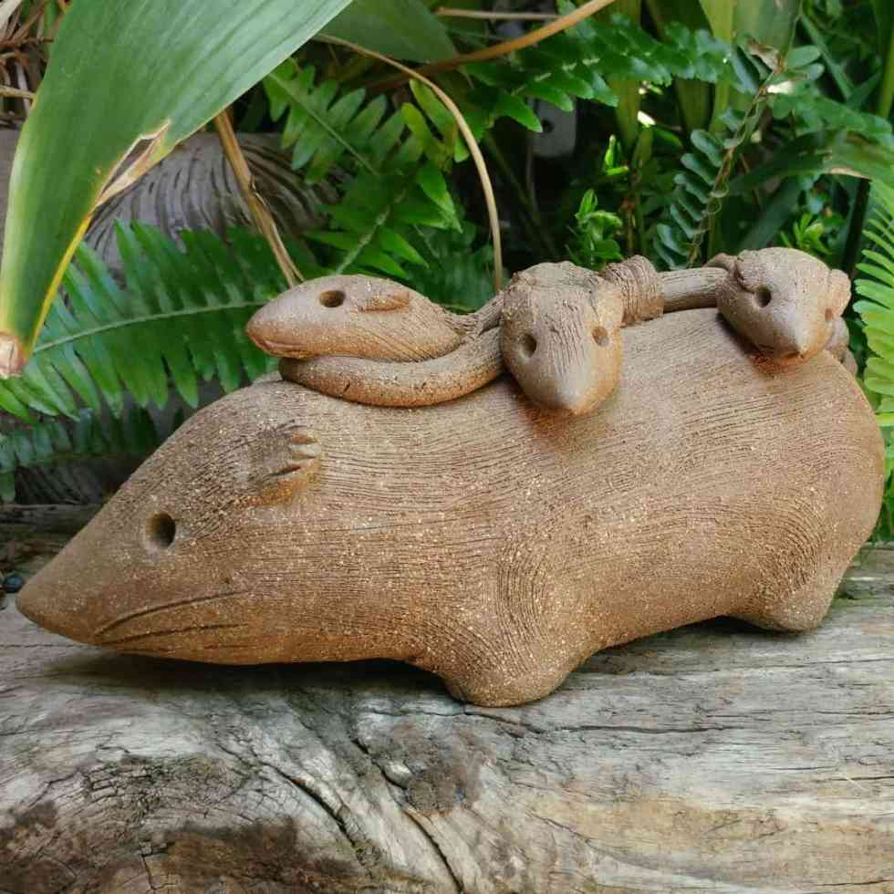 ceramic-opossum-mother-babies-on-back-garden-sculpture-by-margaret-hudson-earth-arts-studio-11