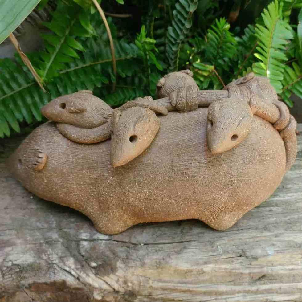 ceramic-opossum-mother-babies-on-back-outdoor-figurine-by-margaret-hudson-earth-arts-studio-12