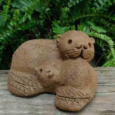 clay-mother-beaver-cuddling-her-baby-garden-figurine-by-margaret-hudson-earth-arts-studio-7