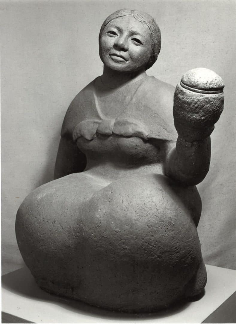 guatemalan-woman-holding-something-angle-2margaret-hudson-scultpure