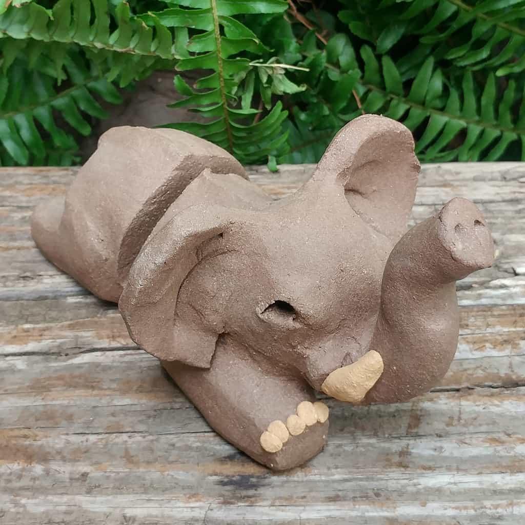 ceramic-elephant-card-stand-1024px-garden-sculpture-by-margaret-hudson-earth-arts-studio-4