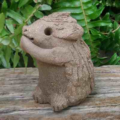 clay-hedgehog-standing-small-1024px-outdoor-figurine-by-margaret-hudson-earth-arts-studio-12
