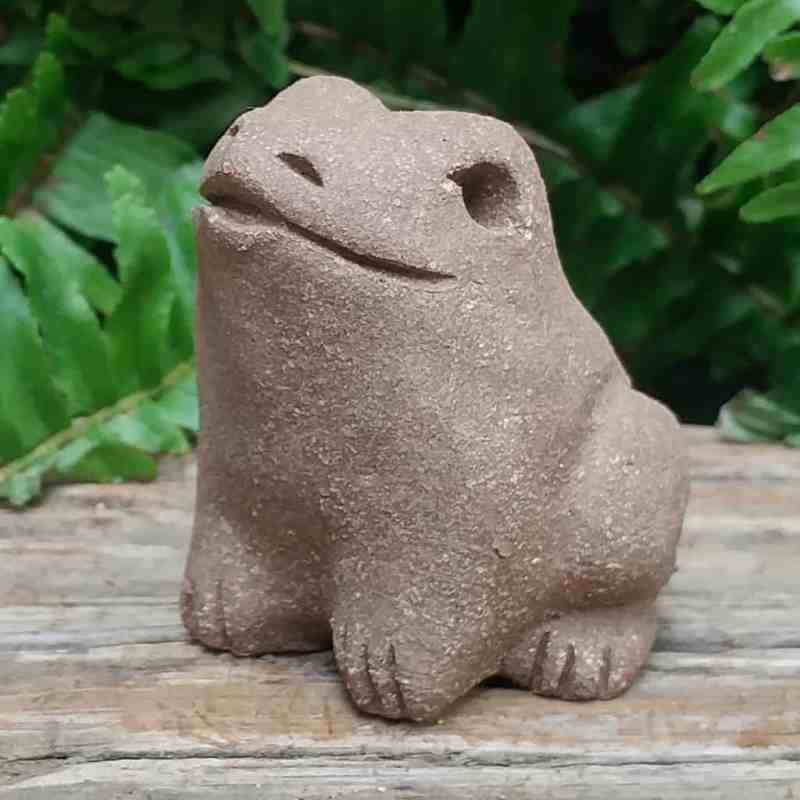 clay-small-frog-1024-outdoor-sculpture-by-margaret-hudson-earth-arts-studio-7