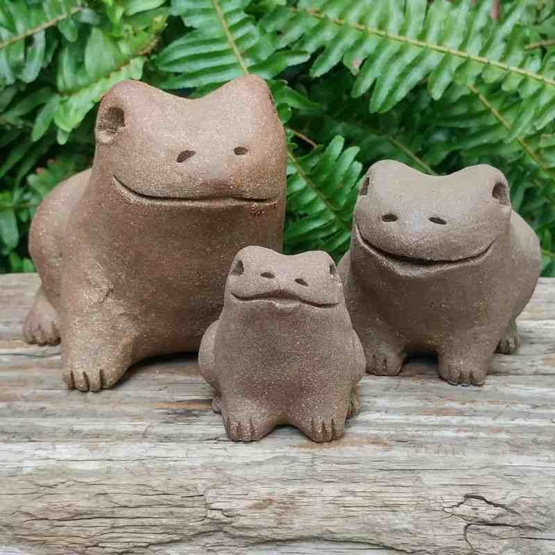 frog-trio-1-1