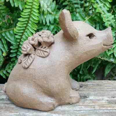 stoneware-flower-pig-1024px-outdoor-figurine-by-margaret-hudson-earth-arts-studio-12
