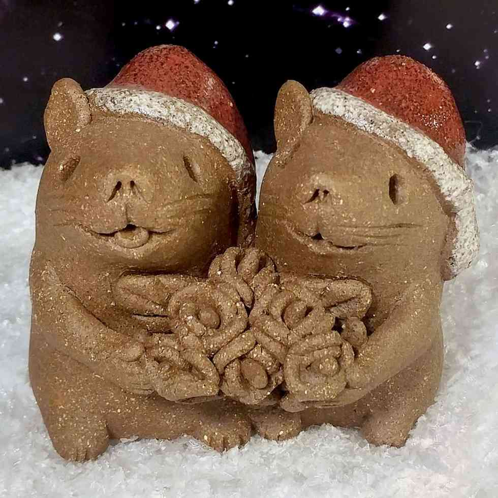 Xmas-Mice-with-flowers-2