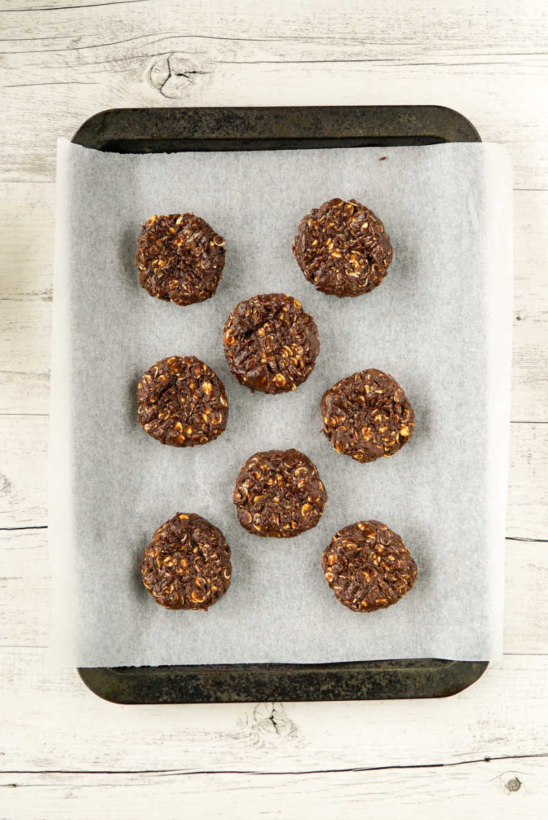 healthy no bake chocolate oatmeal cookies