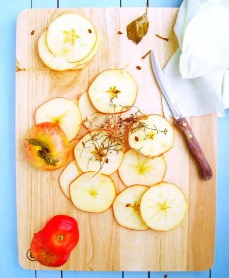 a-new-season-l-playing-with-flavors-and-apple-L-FzBesv