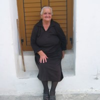 Why Greeks Wear Black