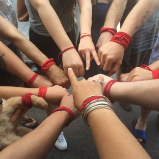 red wristbands to stop spectra