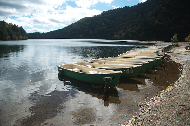 Lake Yu (yunoko) rental boats