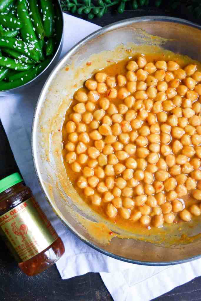 Checkpeas and sauce in a skillet