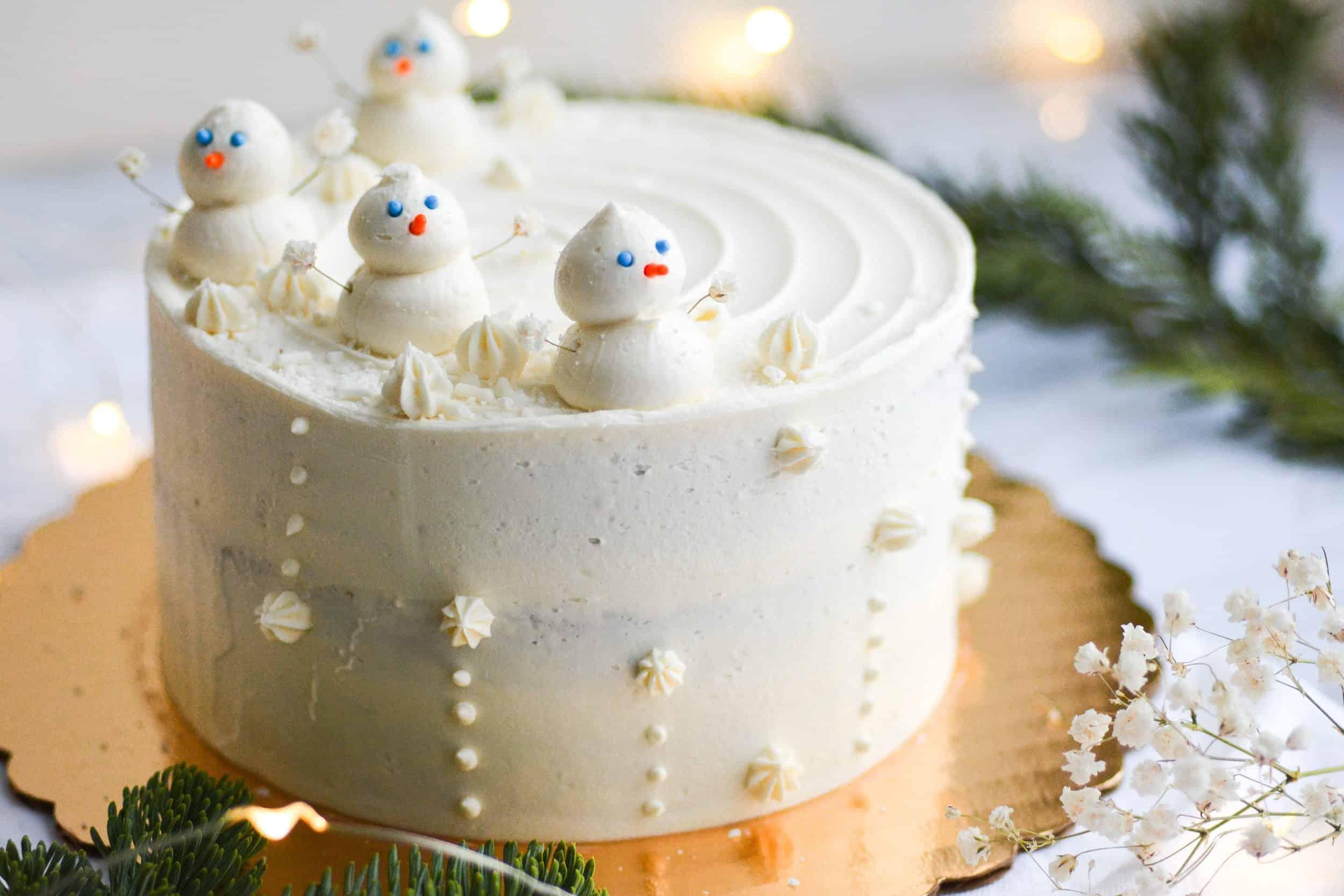 The BEST Vegan Gingerbread Cake