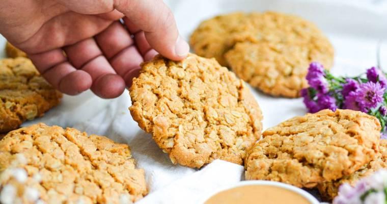 Vegan Peanut Butter Oat Cookies
