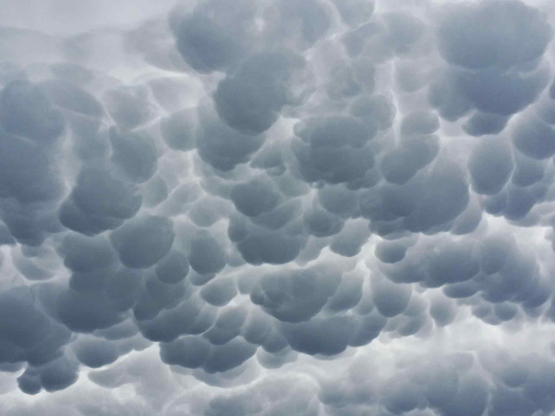 10 Different Types of Clouds Formations And Their Meanings