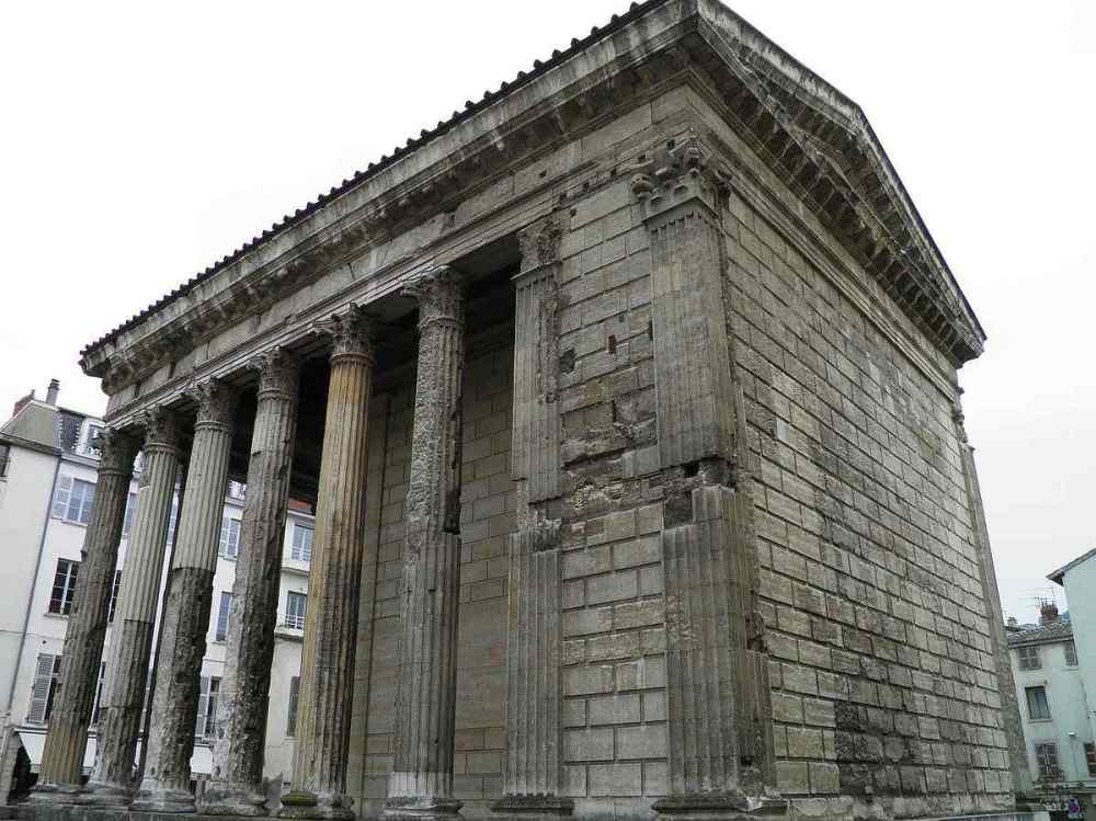 TEMPLE OF AUGUSTUS AND LIVA, France