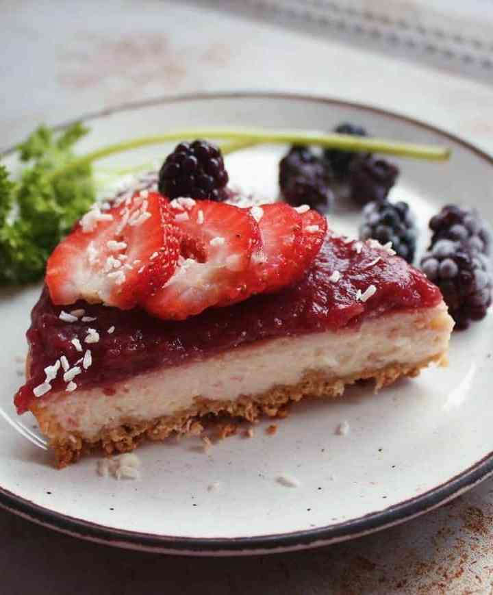 Easy and Fruity Vegan Cheesecake