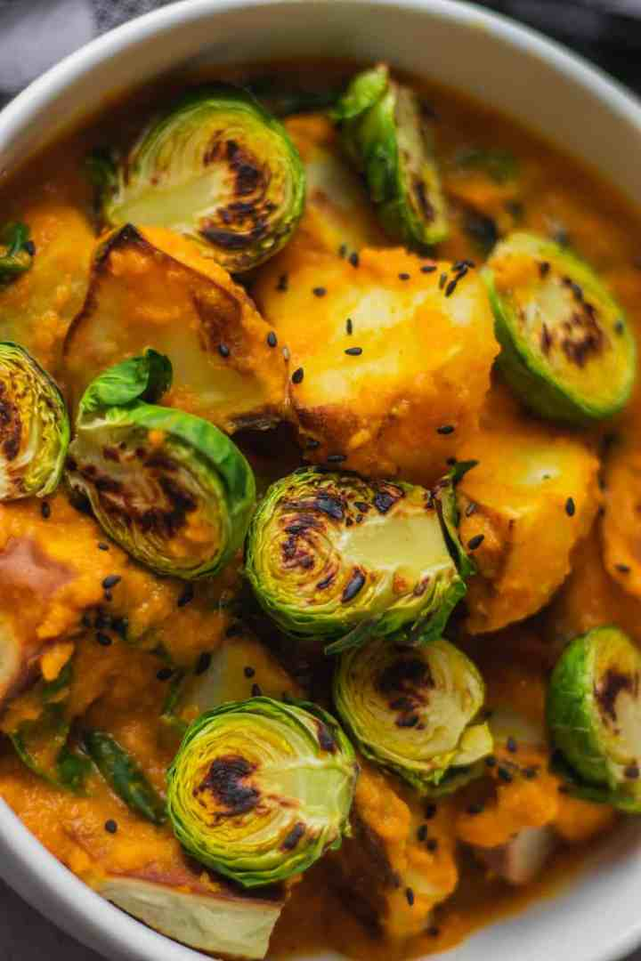 Easy vegan cheesy potatoes with brussels sprouts