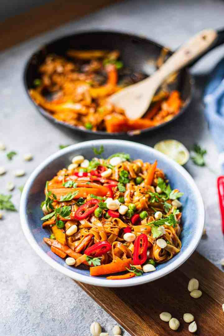 Bowl of vegan Pad Thai with carrots