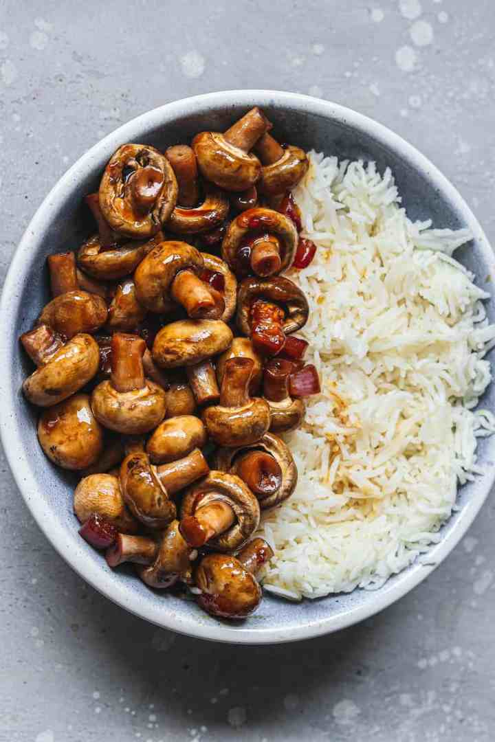 Miso mushrooms with rice in a blue bowl